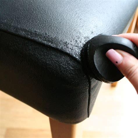 fix scuffed leather 愛猫にやられた 革のソファをdiyで目立たなくする方法 diyer s 3762