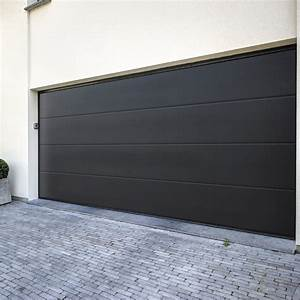 pose d39une porte de garage sectionnelle 200x300cm leroy With poser une porte de garage sectionnelle