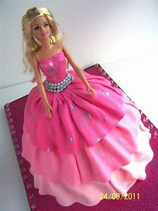 339 best barbie doll cakes images on pinterest barbie With gateau robe barbie