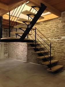 Escalier Metal Et Bois : escalier m tallique demi tournant sur limon central ~ Dailycaller-alerts.com Idées de Décoration