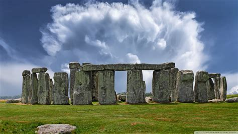 Stonehenge Historical Landmark In England 4k Hd Desktop