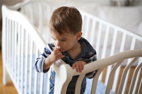 When To Switch To A Toddler Bed