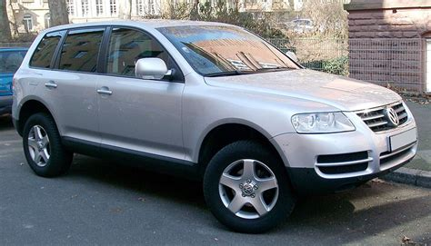 vw touareg 7l 2010 volkswagen touareg vs 2010 bmw x5 car talk nigeria