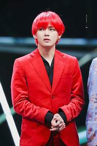 10 times bts s v matched his clothes with his hair color