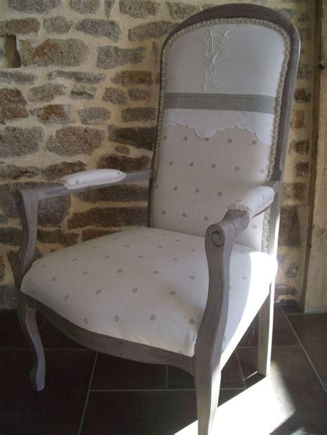 tissus ameublement fauteuil ancien fauteuils au gr 233 de mes trouvailles tapisserie