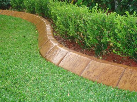 lawn edging options choose one of these lawn edging ideas to adorn your home landscaping gardening ideas