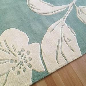 tapis haut de gamme bleu et blanc guild par joseph With tapis champ de fleurs avec canape tres haut de gamme