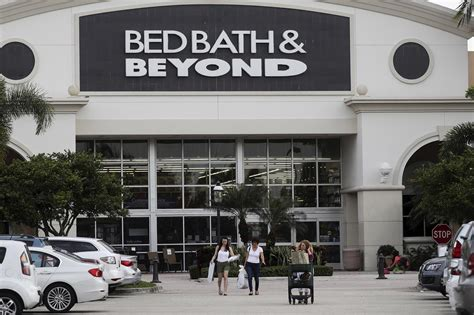 Bed Bath And Beyond Boca by Bed Bath Beyond Cuts 7 Of Corporate Staff Including