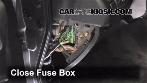 1999 Acura Cl V6 Fuse Box by Interior Fuse Box Location 1999 2003 Acura Tl 2003