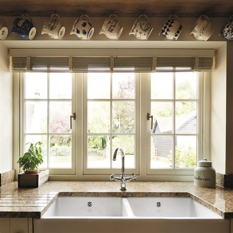difference  flush  stormproof casement windows george barnsdale