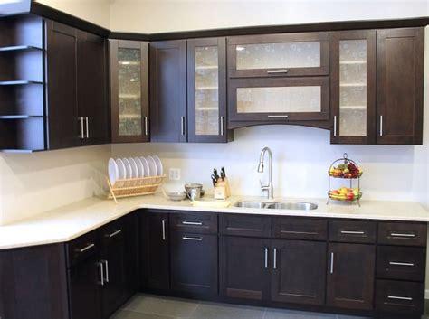 custom kitchen cabinets designs   lovely kitchen