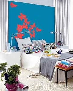 Blue bedroom decorating ideas adding colors to