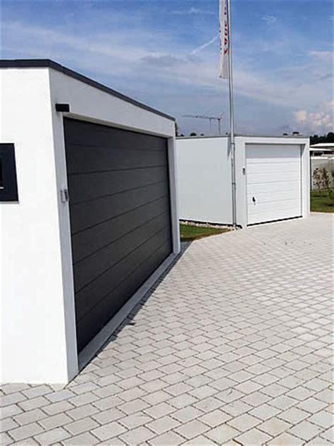 Garage Unterm Haus by Fertiggaragen Vom Zapf Garagen Profi Alles Aus Einer