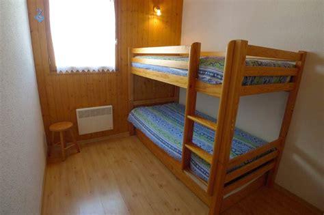 chambre a deux lits 2 l 39 appartement 10 couchages