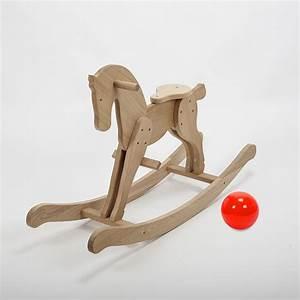 Cheval En Bois à Bascule : cheval bascule en bois massif de ch ne fabrication ~ Teatrodelosmanantiales.com Idées de Décoration