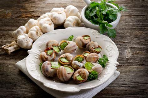 comment cuisiner des escargots astuce du chef lignac comment cuisiner l 39 escargot de
