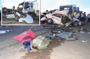 8 killed in horror crash   The Chronicle