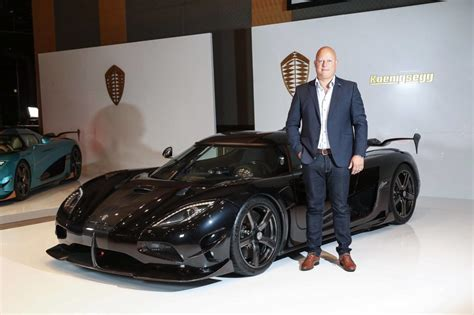 koenigsegg rsr koenigsegg agera rsr unveiled only three to be made
