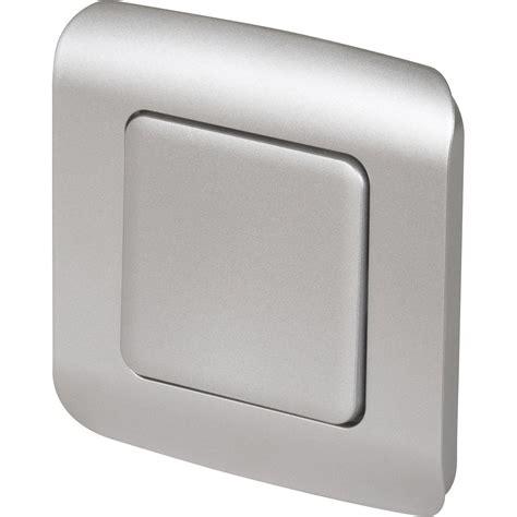 pose carrelage mural cuisine interrupteur va et vient encastrable aluminium lexman
