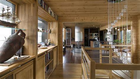 maison en bois construite en bretagne au design int 233 rieur moderne vivons maison
