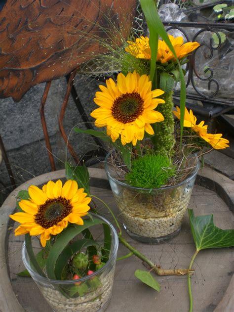 Dekorieren Mit Sonnenblumen by Tischgl 228 Ser Mit Sonnenblumen Blumen Rosenrot