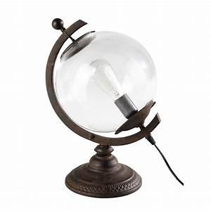 Lampe Globe Terrestre : lampe globe en verre et m tal h 41 cm voltaire maisons du monde ~ Teatrodelosmanantiales.com Idées de Décoration