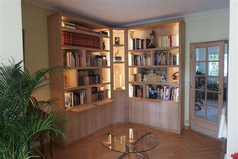 bureau leclercq bibliothèque d 39 angle contemporaine avec éclairage