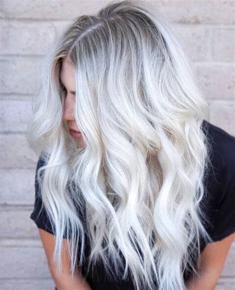 Light Silver Hair by 50 Platinum Hairstyle Ideas For A Glamorous 2019