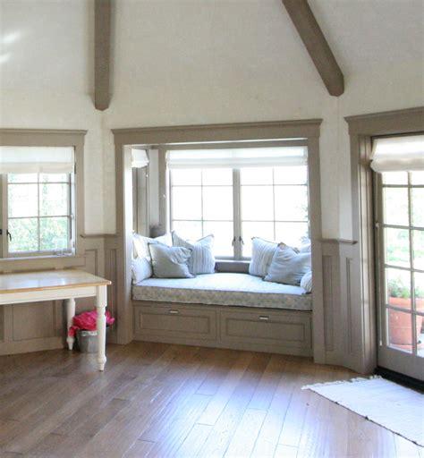 ode   window seat living  design