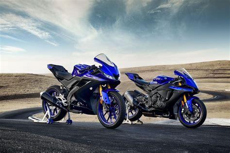 nowosc  yamaha yzf   motocykl