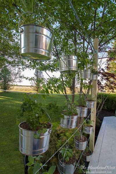 Vertical Garden Tutorial diy vertical garden tutorial diyideacenter