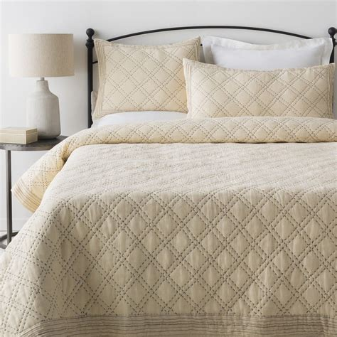 size comforter dimensions discover the best bedspreads for summer overstock com