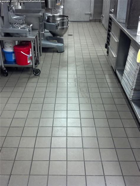 quarry tile floor cleaning  image
