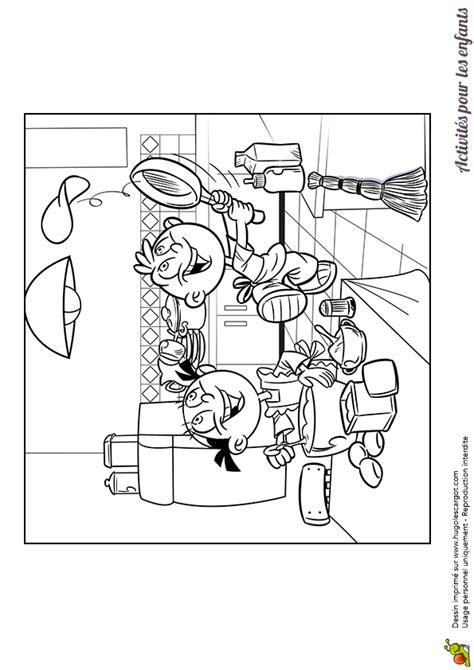coloriage de deux enfants réalisant des crêpes pour la