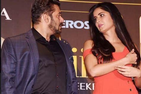 Wanita Cepat Datang Bulan Menyanyi Untuk Mantan Kekasih Salman Khan Jadi