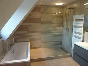 douche et baignoireagencement sympa une salle de With salle de bain design avec peinture toiture