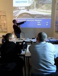 Code La Route La Poste : le code de la route enseign au lyc e lyc es le parisien etudiant ~ Medecine-chirurgie-esthetiques.com Avis de Voitures