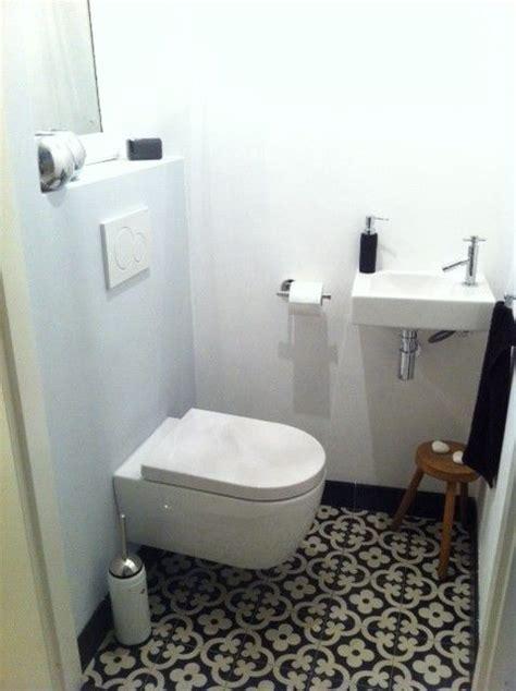 voorbeelden tegels toilet   badkamer gastentoilet