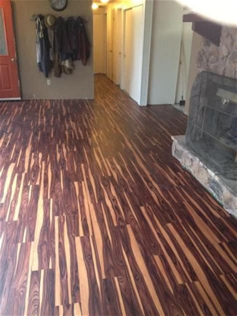 trafficmaster 6 in x 36 in wood luxury vinyl plank flooring 24 sq ft