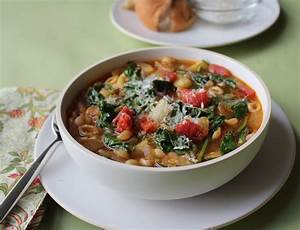 You need this vegetable minestrone soup recipe