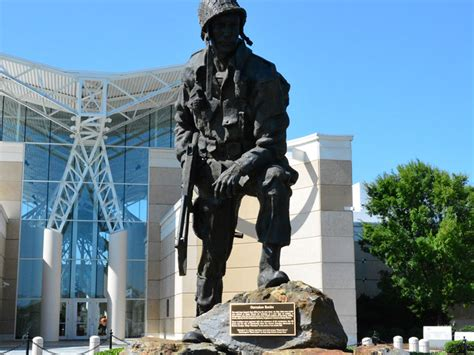 airborne  special operations museum  army center
