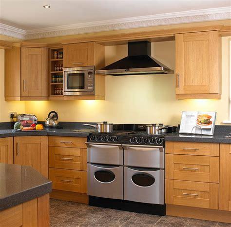 Shaker Oak Kitchen Cabinets by Oak Shaker Kitchen Cabinets House Shaker