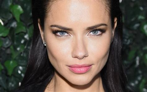 Adriana Lima Shares Simple Yet Effective Hair Hack
