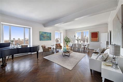 luciano pavarottis lovely central park south  op