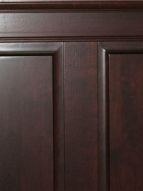 hardwood raised panel  elite trimworks