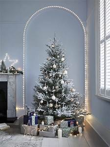 Garland, Christmas, Tree, On, Wall