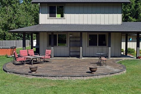 pictures of raised patios building a raised patio home design ideas and pictures