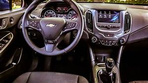 Chevrolet U0026 39 S 2016 Cruze Is More Fun With A Manual