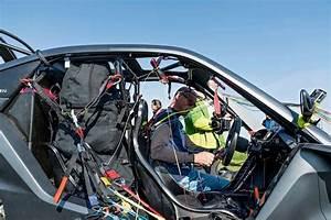 Traverser La Manche En Voiture : on a travers la manche en voiture volante ~ Medecine-chirurgie-esthetiques.com Avis de Voitures
