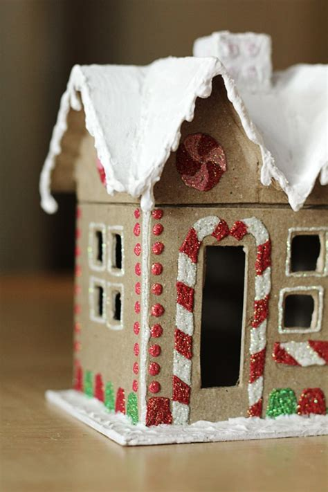 clever ways    gingerbread house